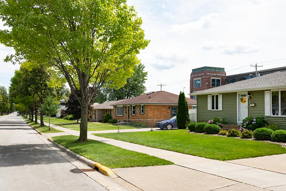 Homes Near the Green Bay Packer's Lambeau Field